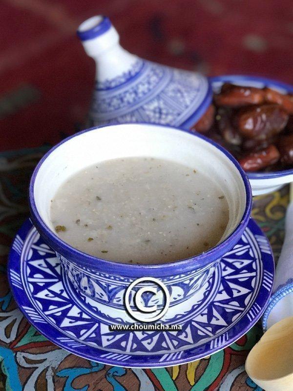 recette soupe d 39 orge et de millet au thym. Black Bedroom Furniture Sets. Home Design Ideas