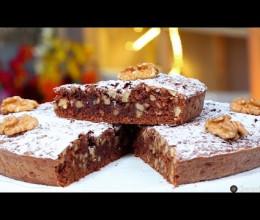 Gâteau au chocolat, dattes et noix