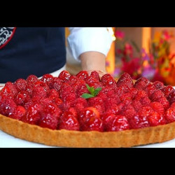 Tarte à la crème au citron et aux fraises