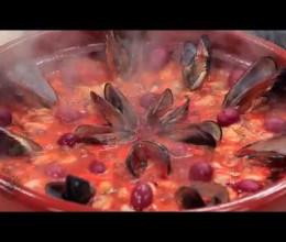 Tajine de moules à la sauce tomate