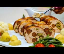 ملفوف بالدجاج المفروم والنقانق، صلصة الفطر